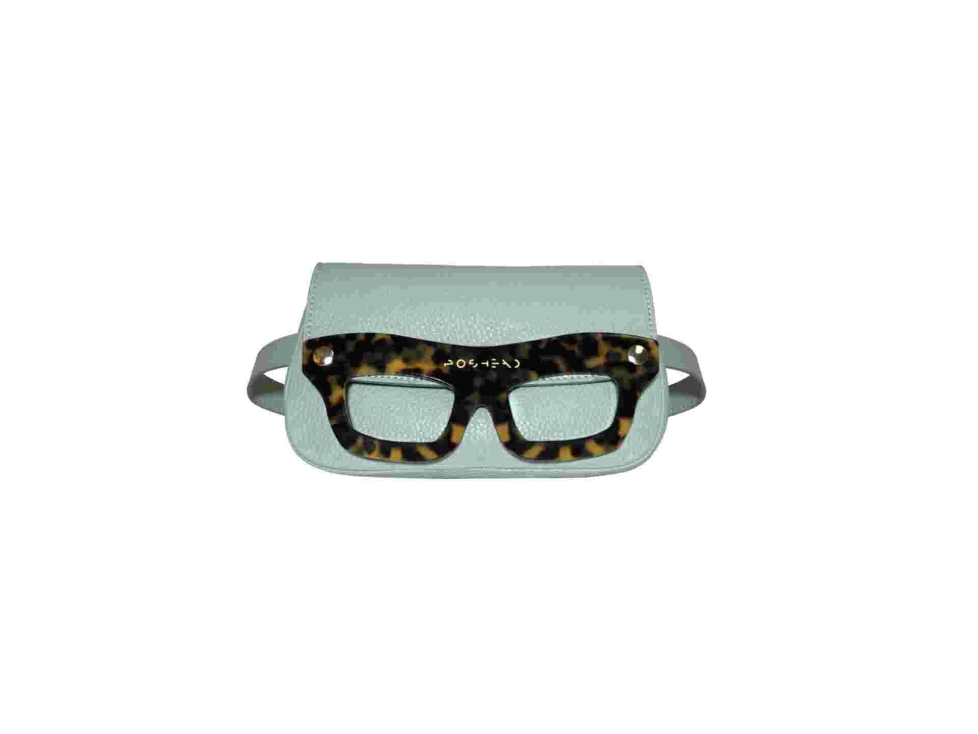 bag belt with glasses